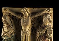 Detail images: Christus am Kreuz mit Assistenzfiguren