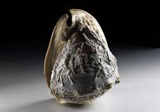 Detail images: Italienische Muschel mit Caméeschliff