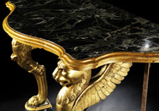 Detail images: Wandkonsole in vergoldeter Bronze und Marmor