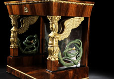 Detail images: Empire-Konsole