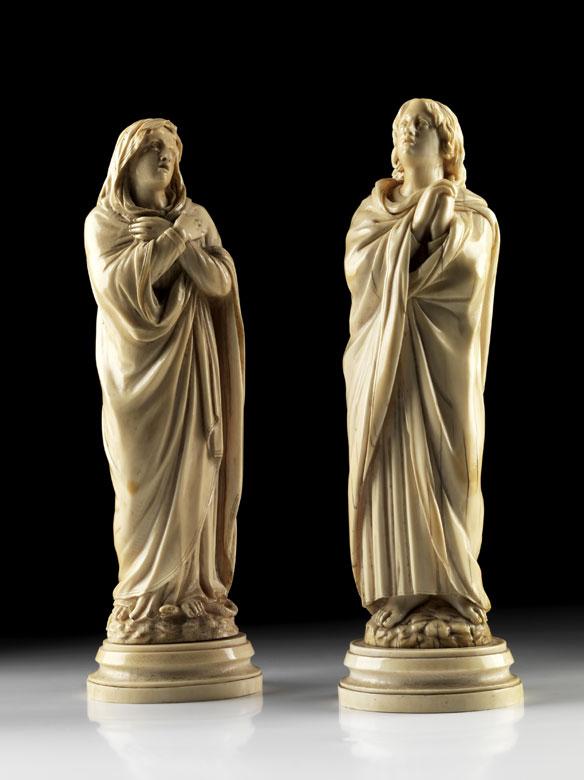 Paar Schnitzfiguren in Elfenbein
