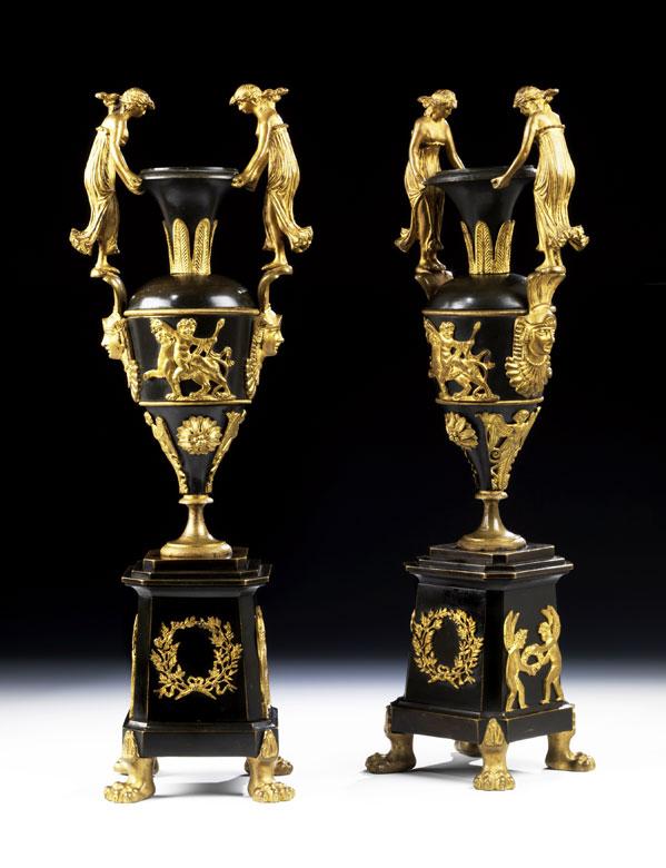 † Paar russische Kaminziervasen
