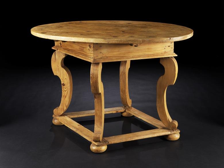 Bäuerlicher Barock-Tisch