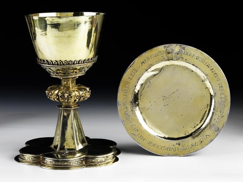 Silberner, vergoldeter Messkelch mit Patena
