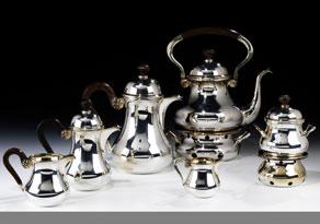 Detail images:  Kaffee- und Teeservice in Sterlingsilber