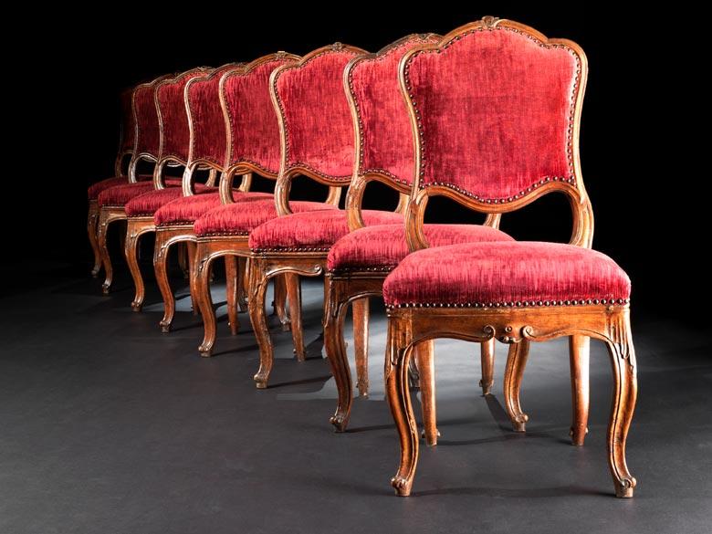 Satz von zehn lombardischen Rokoko-Stühlen