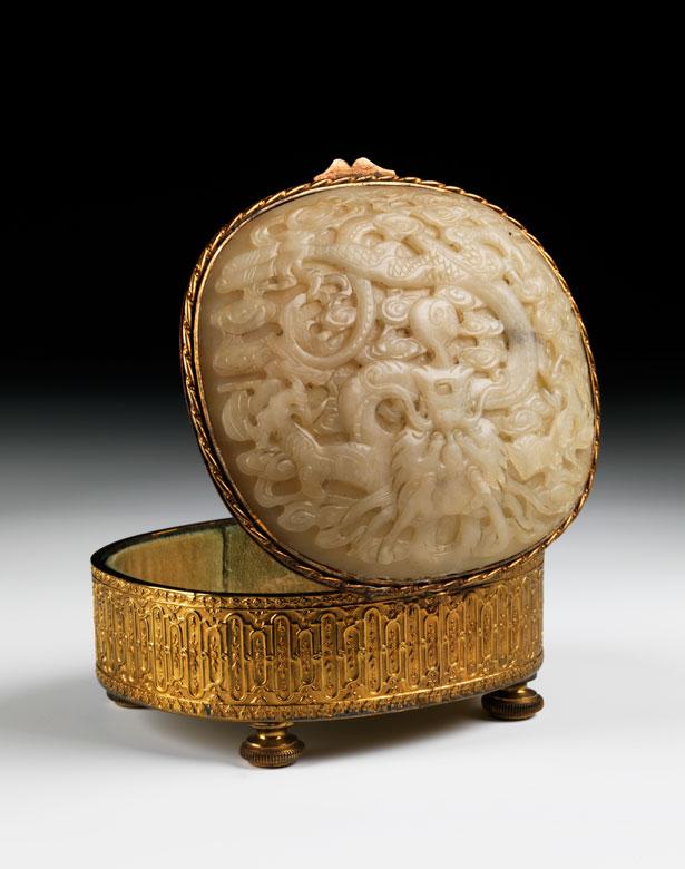 Vergoldetes Kästchen mit Jade-Deckel