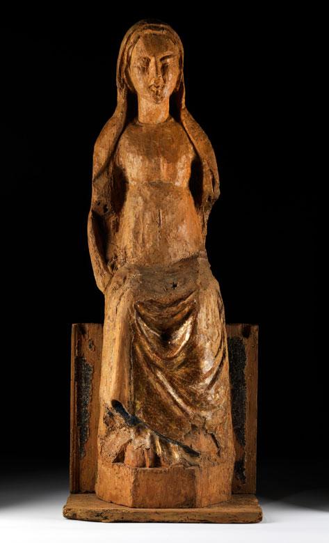 Gotische Holzfigur einer thronenden Madonna