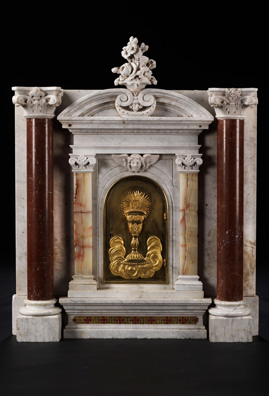 Marmor-Tabernakel im Renaissance-Stil