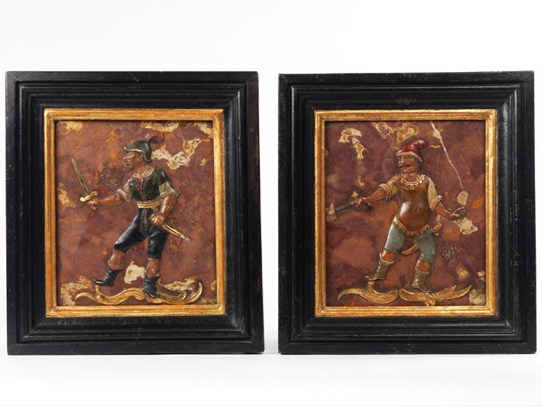 Paar Marmorreliefs mit figürlicher Darstellung