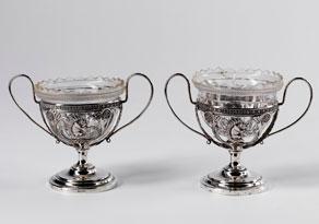 Detail images:  Paar Würzburger Tischgefäße mit Glaseinsätzen