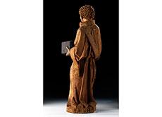 Detail images: Schnitzfigur eines Heiligen mit Buch