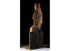 Detail images: Gotische Holzfigur einer thronenden Madonna