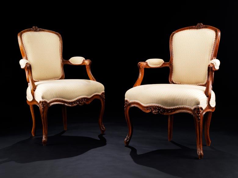 Paar Louis XV-Sessel en cabriolet