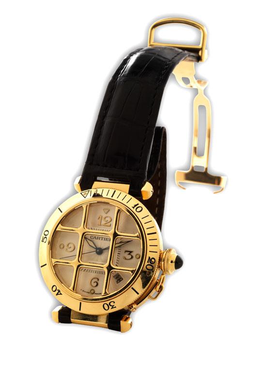 Herrenarmbanduhr, Fabrikat Cartier, Modell Pascha