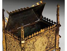 Detail images: Gotisches Kästchen
