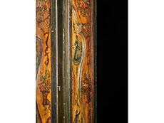 Detail images: Zweitüriger italienischer Schrank mit Bemalung im Rokoko-Stil