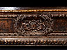 Detail images: Italienische Renaissance-Truhe