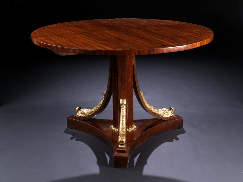 Empire-Tisch