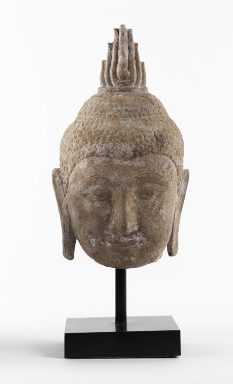 Buddhakopf in Stein
