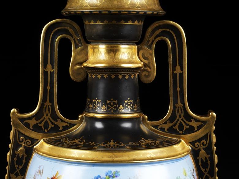 drei bedeutende kpm vasen von carl friedrich schinkel hampel fine art auctions. Black Bedroom Furniture Sets. Home Design Ideas