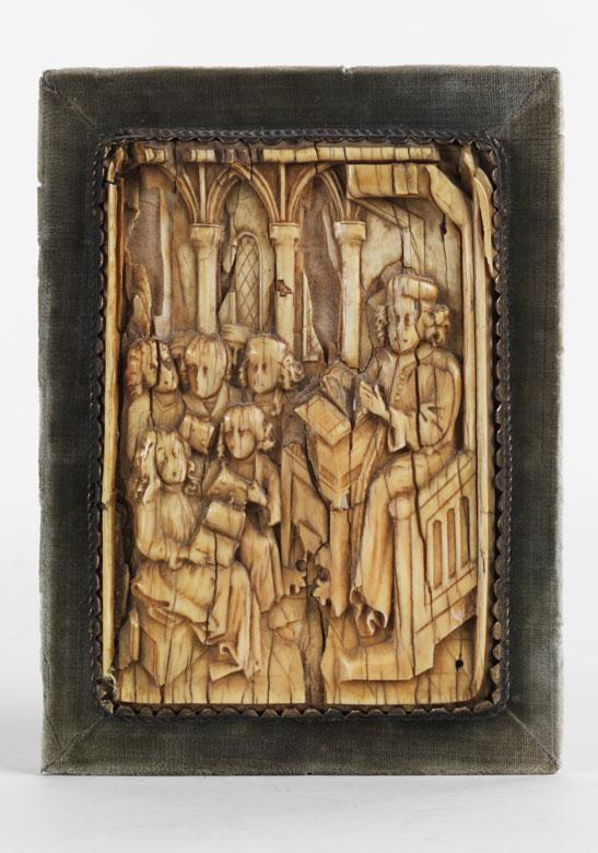 """Elfenbein-Relieftafel mit """"Magister et Discipuli""""-Darstellung"""