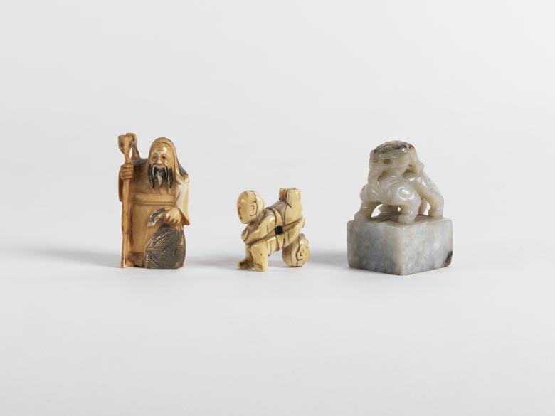 Konvolut von drei Netsuke-Figuren