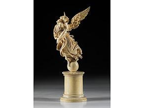 Detail images:  Elfenbein-Schnitzfigur eines Schutzengels