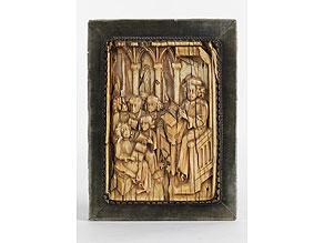 """Detail images:  Elfenbein-Relieftafel mit """"Magister et Discipuli""""-Darstellung"""