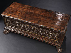 Detail images: Renaissance-Truhe