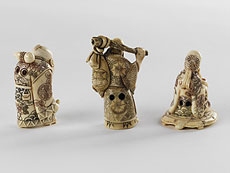 Detail images: Drei Elfenbein-Netsukes