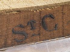 Detail images: Paar Louis XVI-Fauteuils mit Aubusson-Bezügen