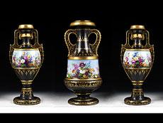 Detailabbildung: Drei bedeutende KPM-Vasen von Carl Friedrich Schinkel