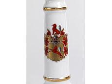 Detail images: Tafelkerzenleuchter mit Wappen der Familie von Leipziger