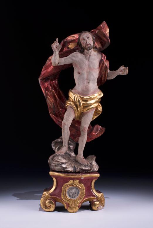 Schnitzfigur eines Auferstehungschristus