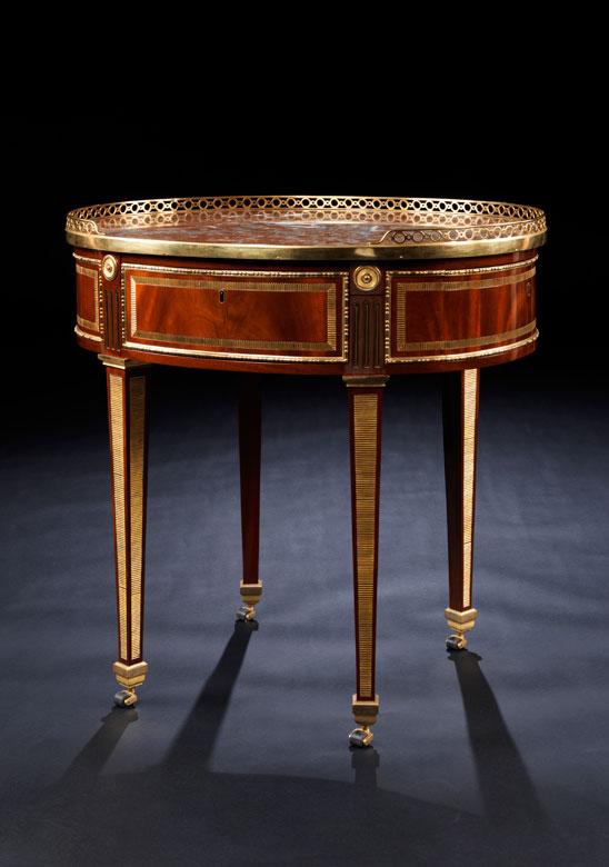 Elegantes Poudreuse-Möbel, David Roentgen, 1743 - 1807, zug.