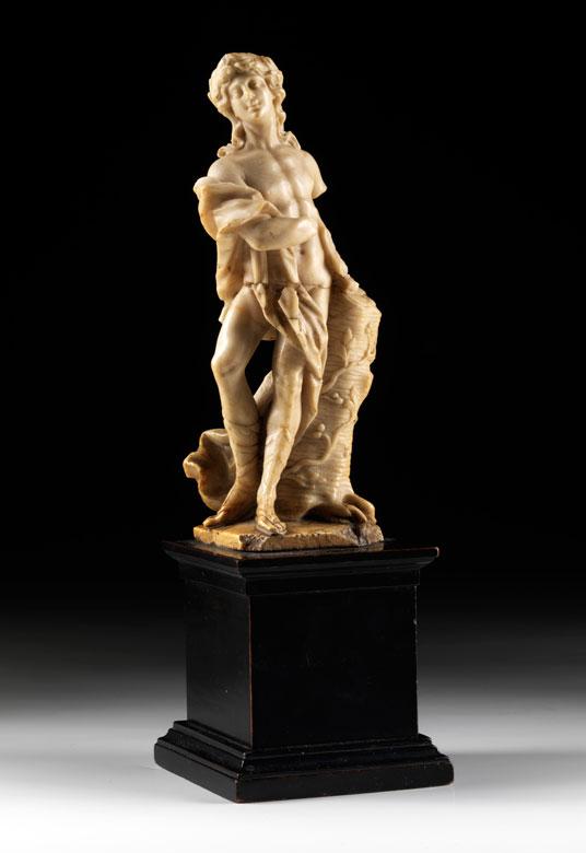 In Alabaster gearbeitete Figur eines Apollo