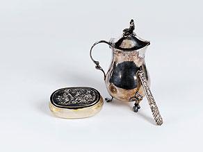 Detail images:  Konvolut von drei Silberobjekten
