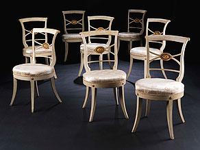 Detail images:  Satz von acht klassizistischen Stühlen