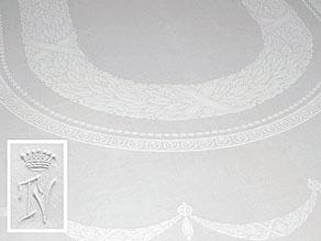 Detail images:  Tafeltuch mit klassizistischem Lorbeerblattoval