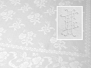 Detail images:  Tafeltuch mit handausgezogenem Hohlsaum und Stiefmütterchen