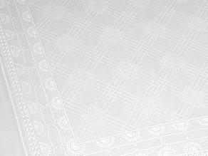 Detail images:  Zwölf große Speisemundtücher mit Dreifachhohlsäumen
