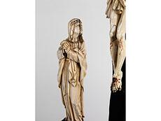 Detail images: Elfenbein-Kreuzigungsgruppe