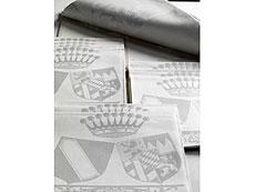 Detail images: Tischwäsche aus hochadeligem Besitz