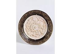 Detail images: Tafelaufsatz in Elfenbein mit Silberwandung