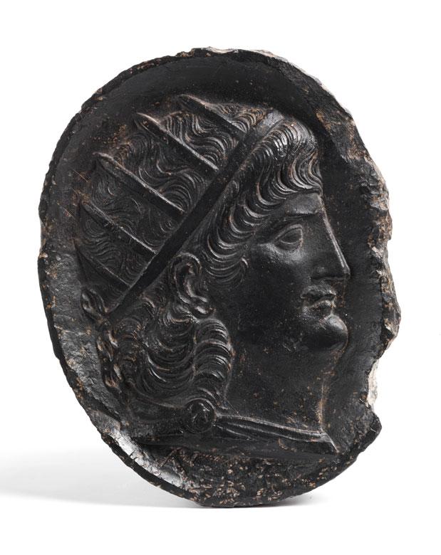 Reliefplatte mit Cäsaren-Reliefbildnis