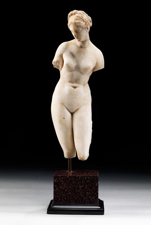 Marmorfigur einer Aphrodite