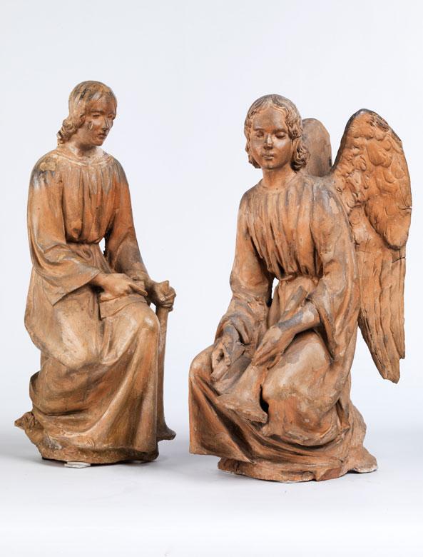 Paar Engelsfiguren in Terrakotta