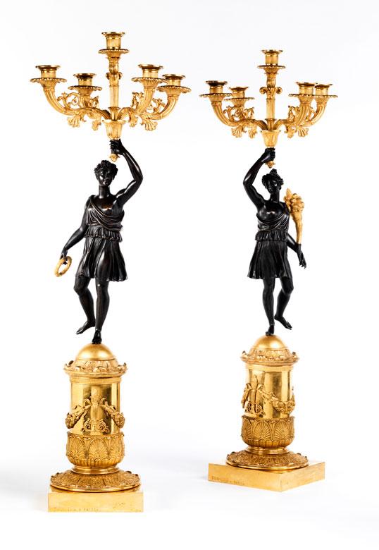 Paar bedeutende Bronzekandelaber