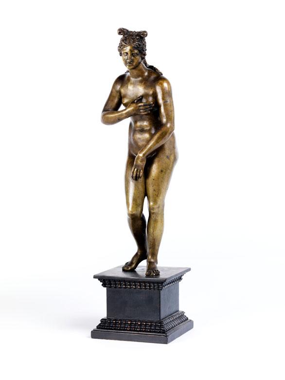 Bronzefigur einer nackten Venus